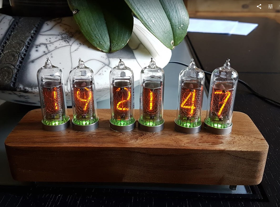 JG_nixie_clock.jpg