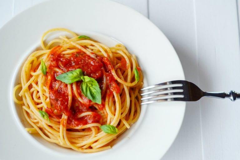spaghetti-al-pomodoro-768x512.jpg